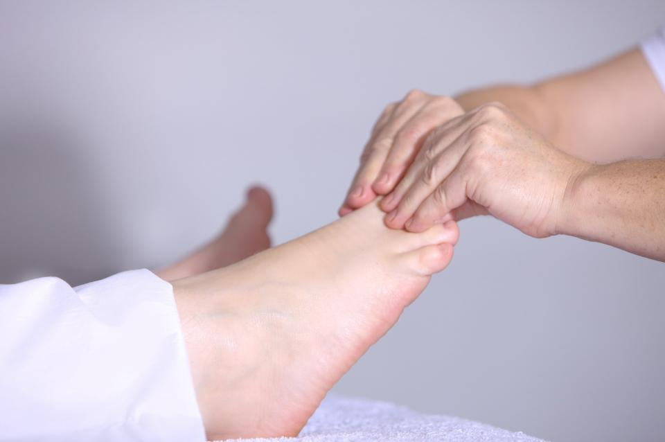 peripheral neuropathy, foot pain