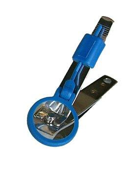 toenail clipper with magnifier